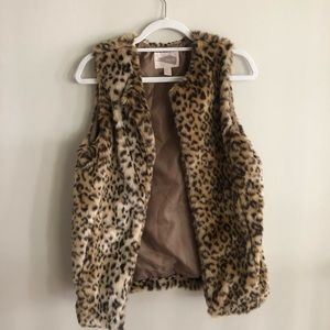 Forever 21 Contemporary Cheetah Faux Fur Vest